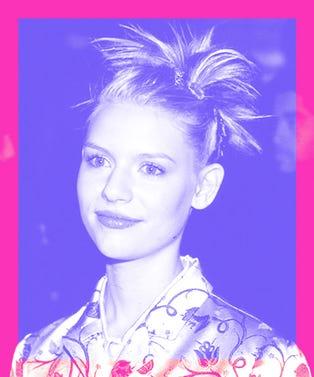90s_Beauty_Trends_Opener