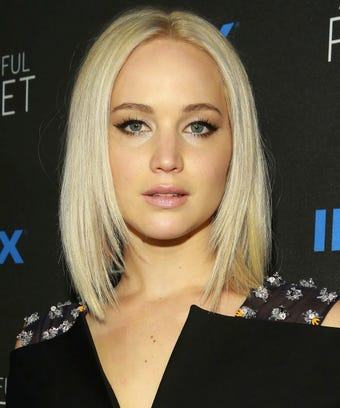jennifer lawrence_rexfeatures_5647641an_opener