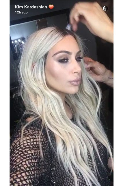 Bien connu Kim Kardashian Blonde Long Hair VMAs QC18