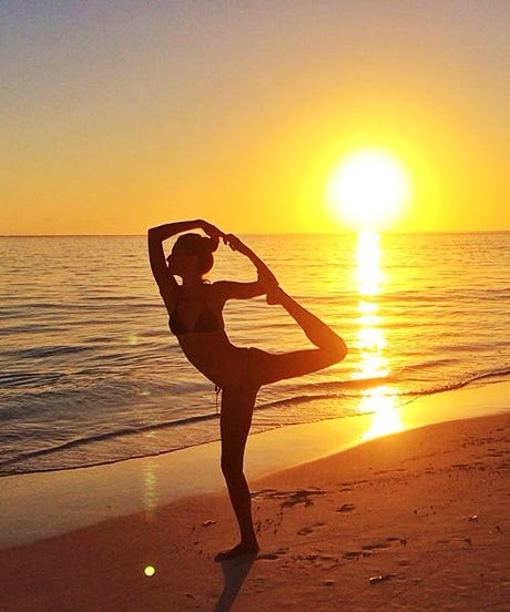Better Than #HotDogLegs: 18 Beach Instagrams To Master