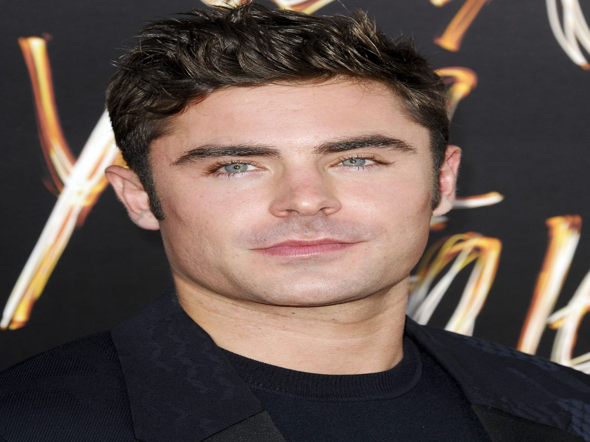 Zac Efron Wants To Make It Up To Paris Jackson For Breaking Her 10-Year-Old Heart