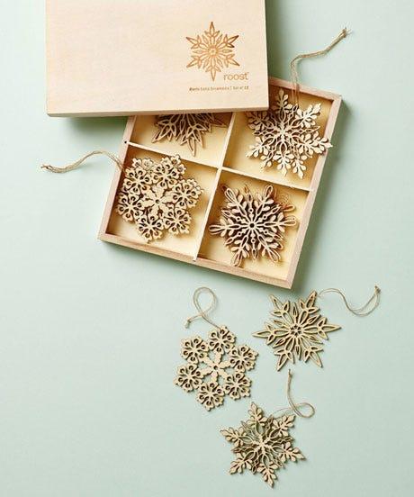 openerAnthropologie_22_snowflake-ornament-set