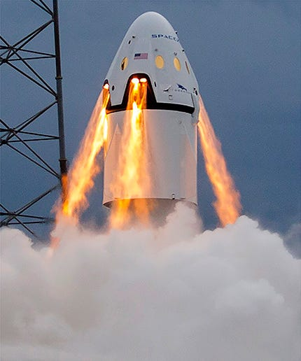 SpaceX will fly two private passengers around the moon in 2018