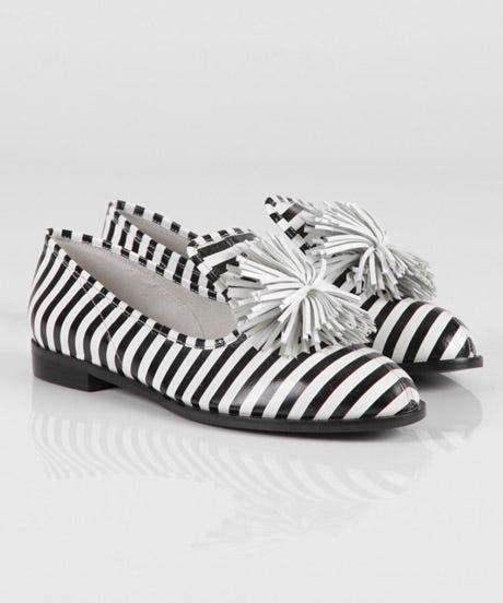 Kosut-Shoe-Stripe