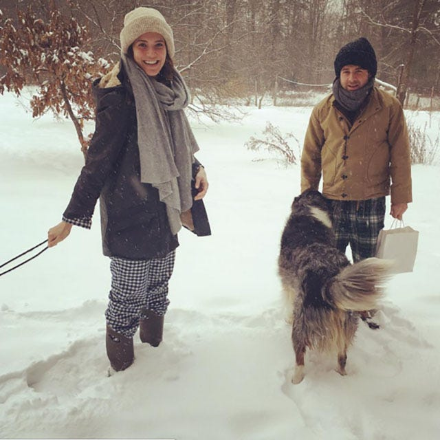 Mandy Moore and boyfriend Taylor Goldsmith enjoying in snow