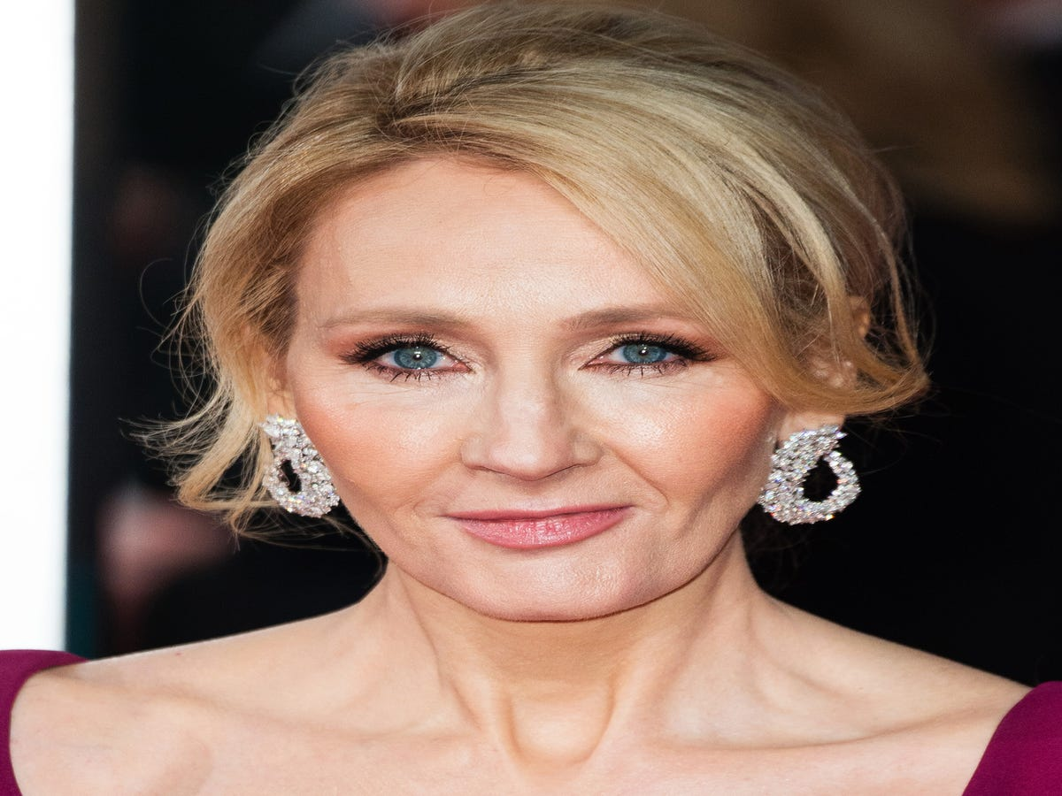 The Reason J.K. Rowling Used A Pen Name Is Further Proof That Sexism Is Alive & Well