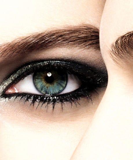 Chanel-Eye-Shadow-Opener