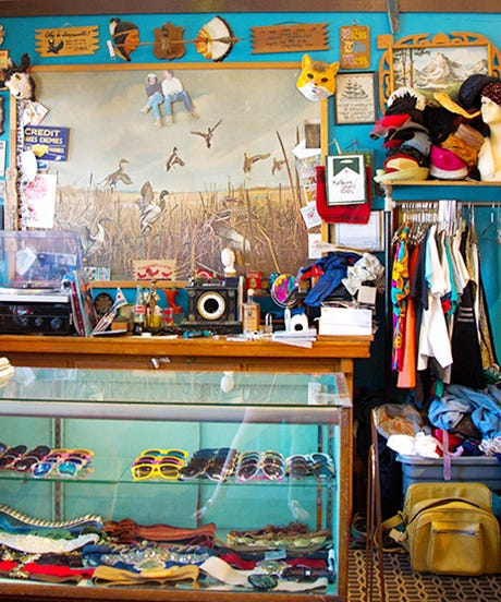 8 Amazing Chicago Consignment Shops
