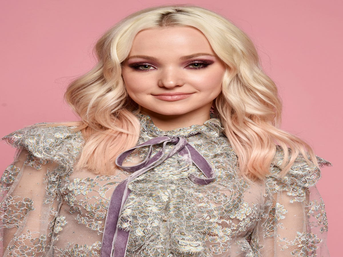 Literally Everyone Knew Dove Cameron Would Date Her Now-Boyfriend Except Her