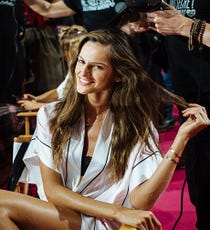 victoria-secret-fashion-show-opener