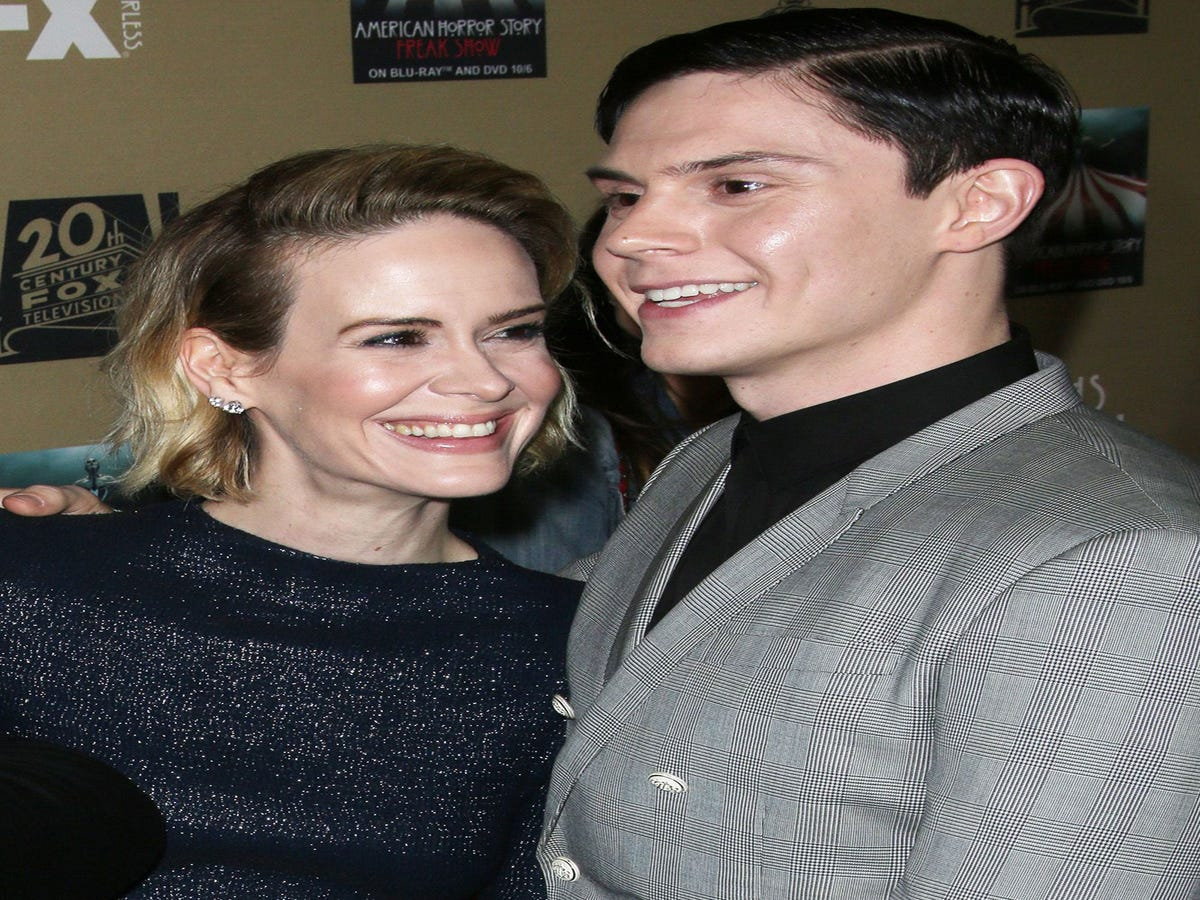 Ryan Murphy Teases An AHS: Cult Romance For Sarah Paulson & Evan Peters' Characters