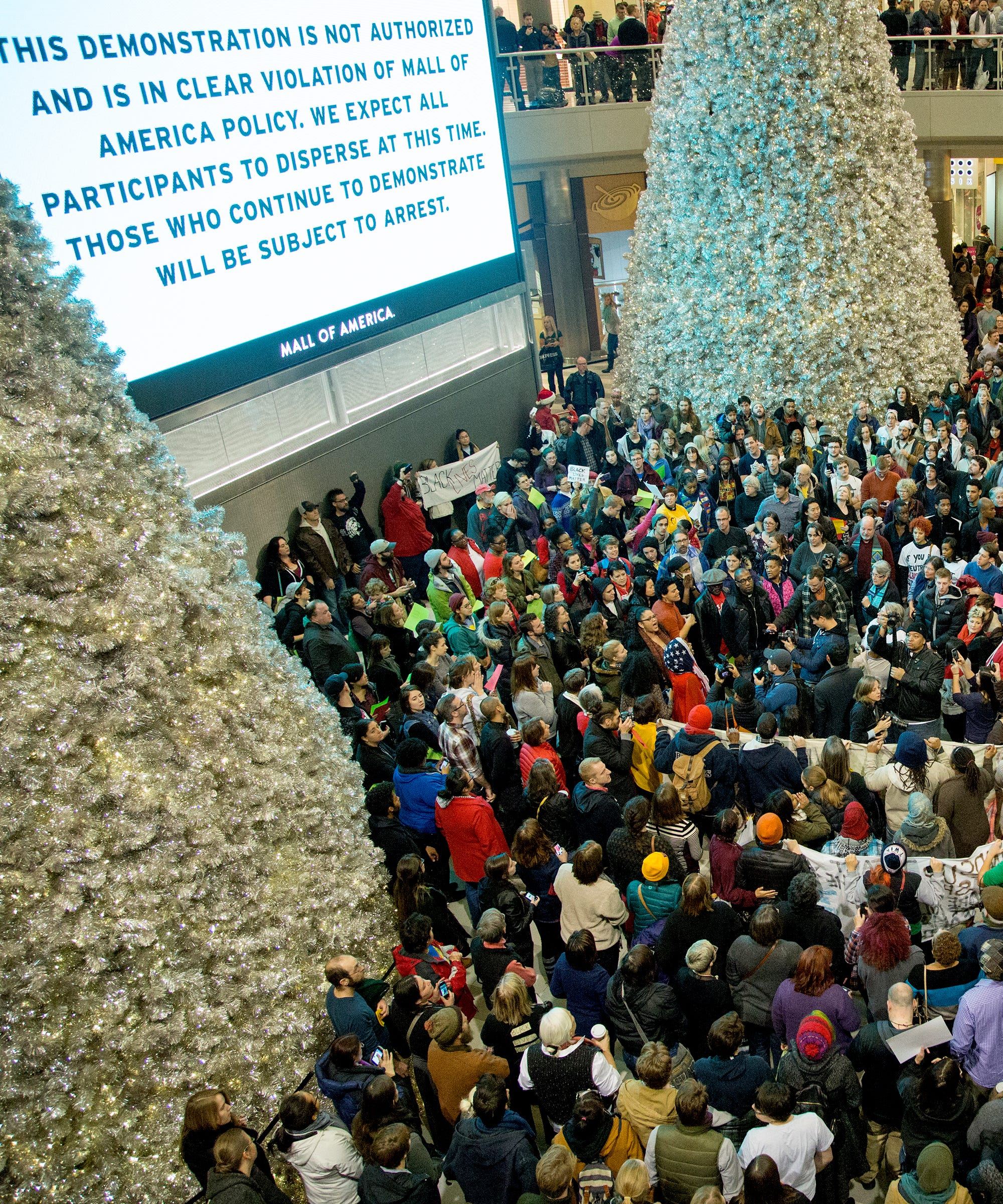 Death of shopping malls mall of america popularity jameslax Images