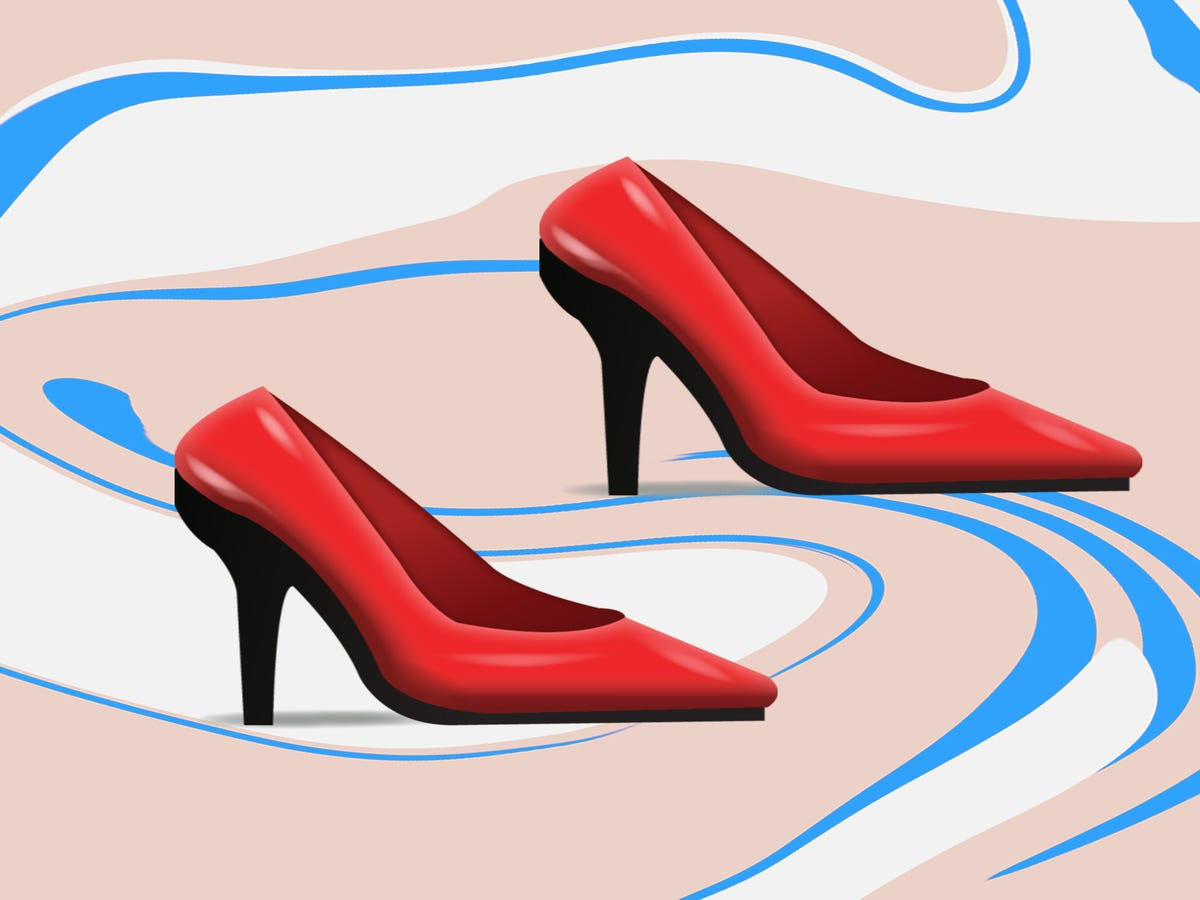 Move Over, Red Stiletto – A New Shoe Emoji Is On Its Way