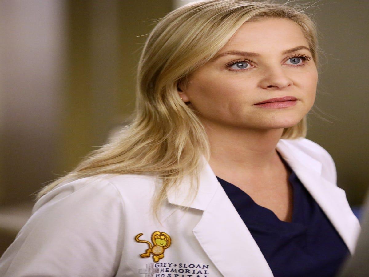 New Details About Arizona & Eliza s Romance On Grey s Anatomy