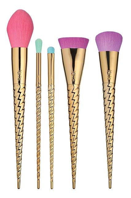 unicorn brush sets. tarte magic wands brush set, $39, available at starting march 15. unicorn sets i
