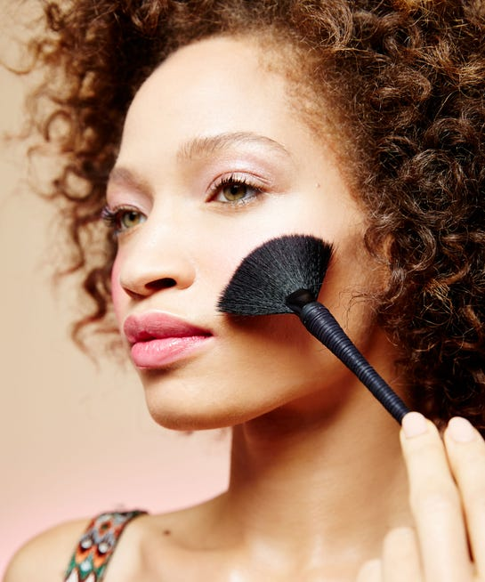 How To Define Face, Contour With Bronzer Highlighter