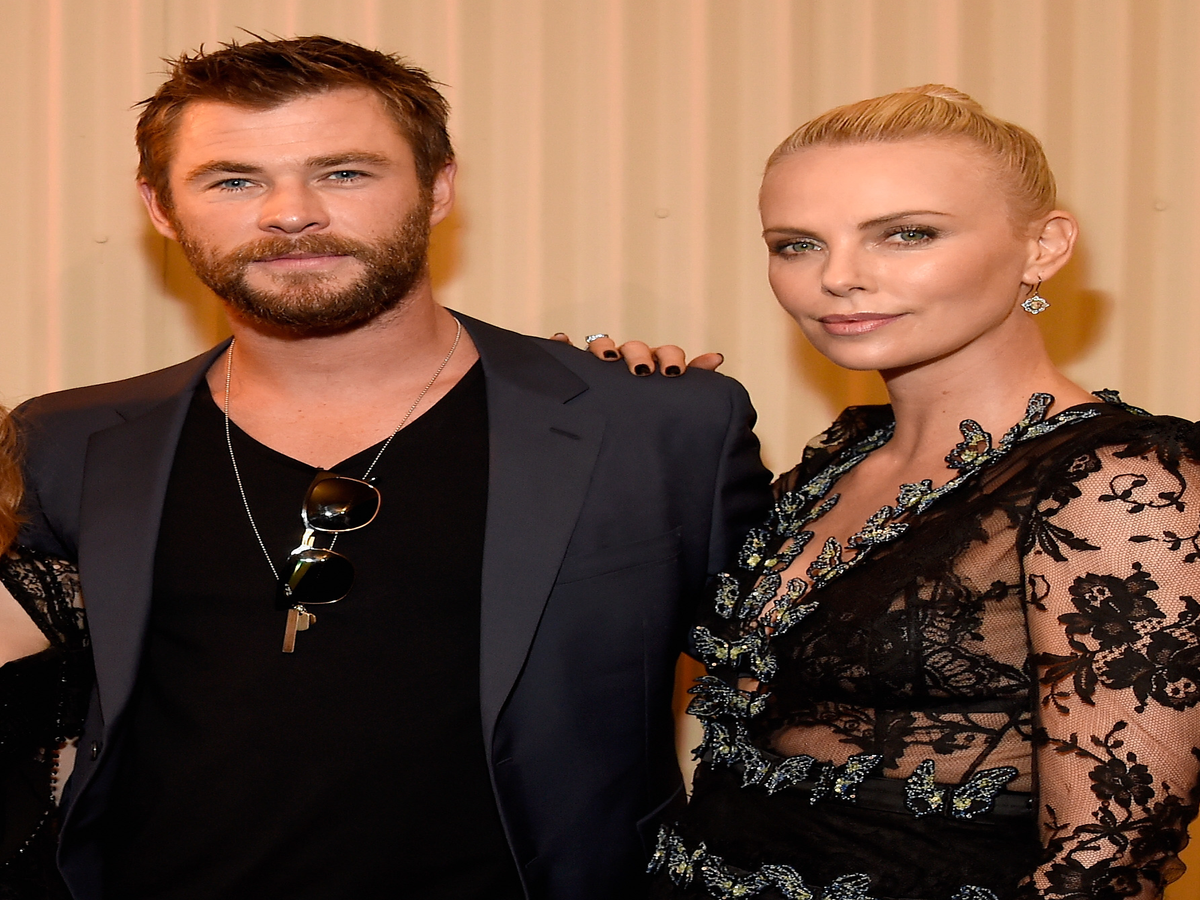 Chris Hemsworth Wants Charlize Theron To Be The Next 007