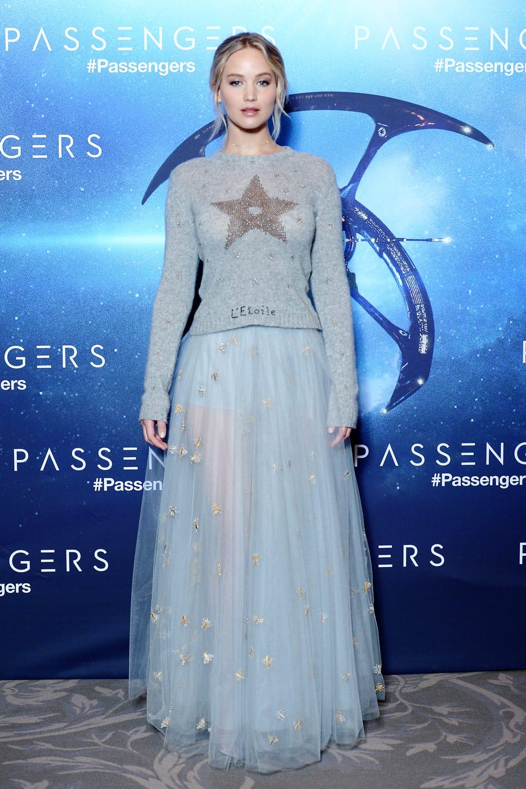 Resultado de imagem para jennifer lawrence dresses passenger premieres