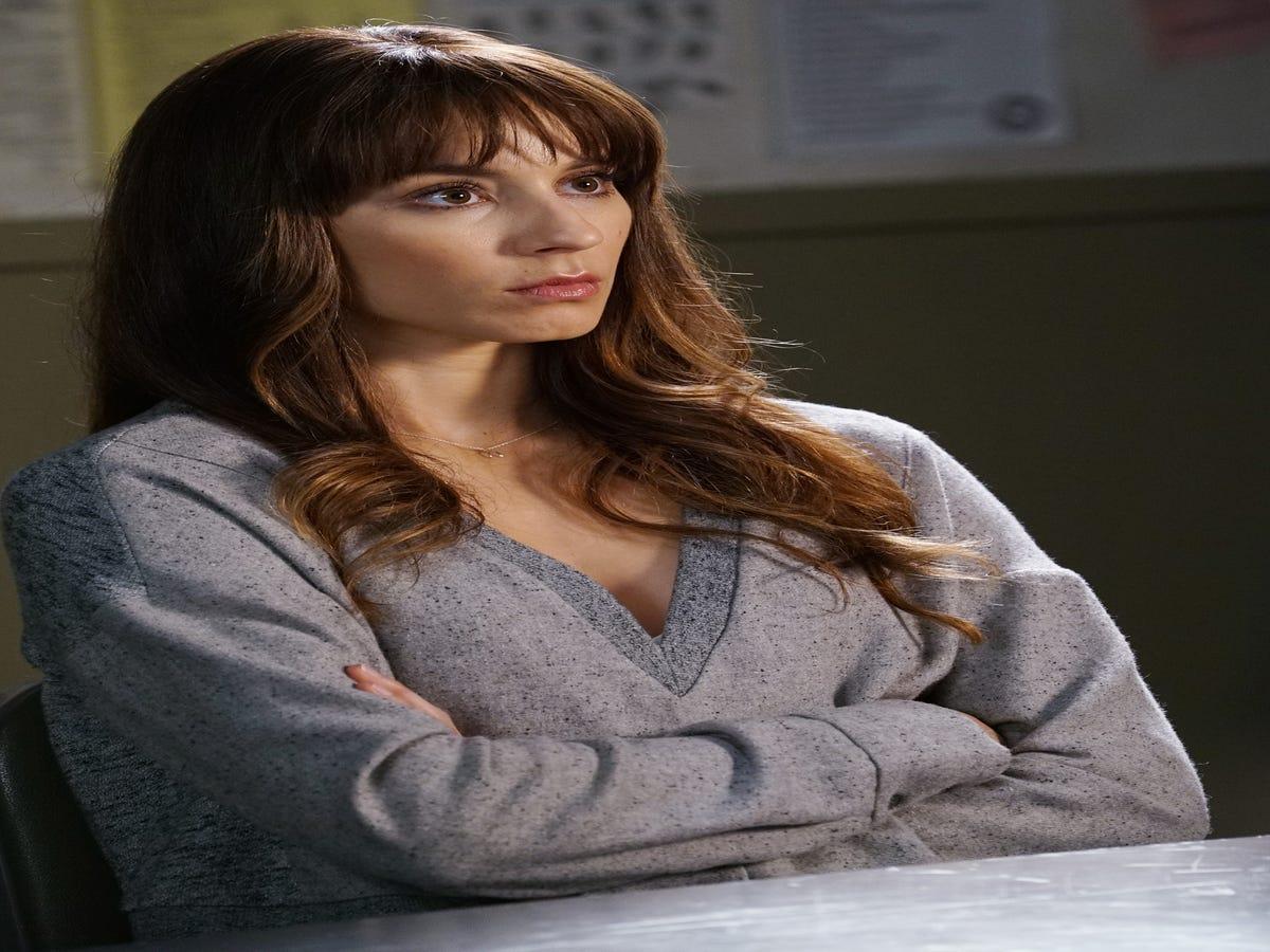 Pretty Little Liars Season 7, Episode 16 Recap:  The Glove That Rocks The Cradle