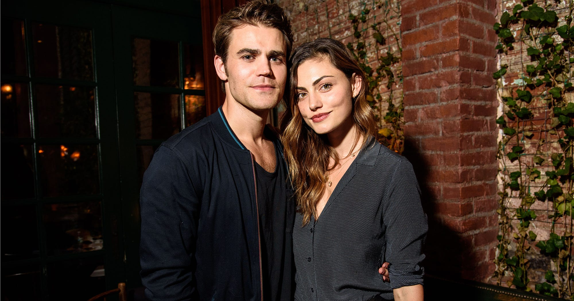 Are phoebe tonkin and paul wesley still dating after 5