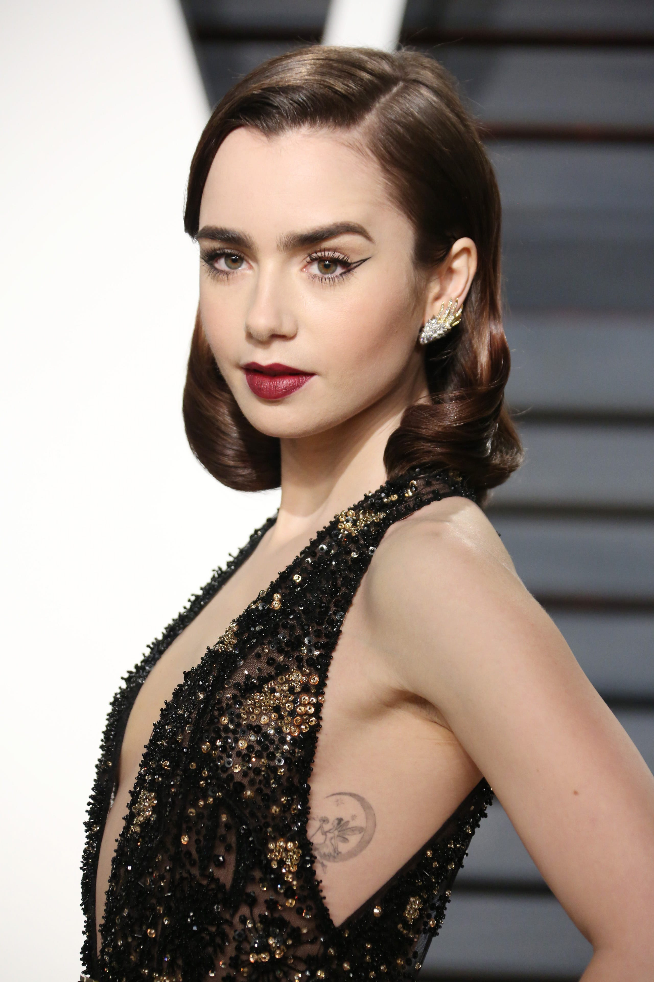 Lily Collins Memoir Open Letter Forgiveness Dad Phil
