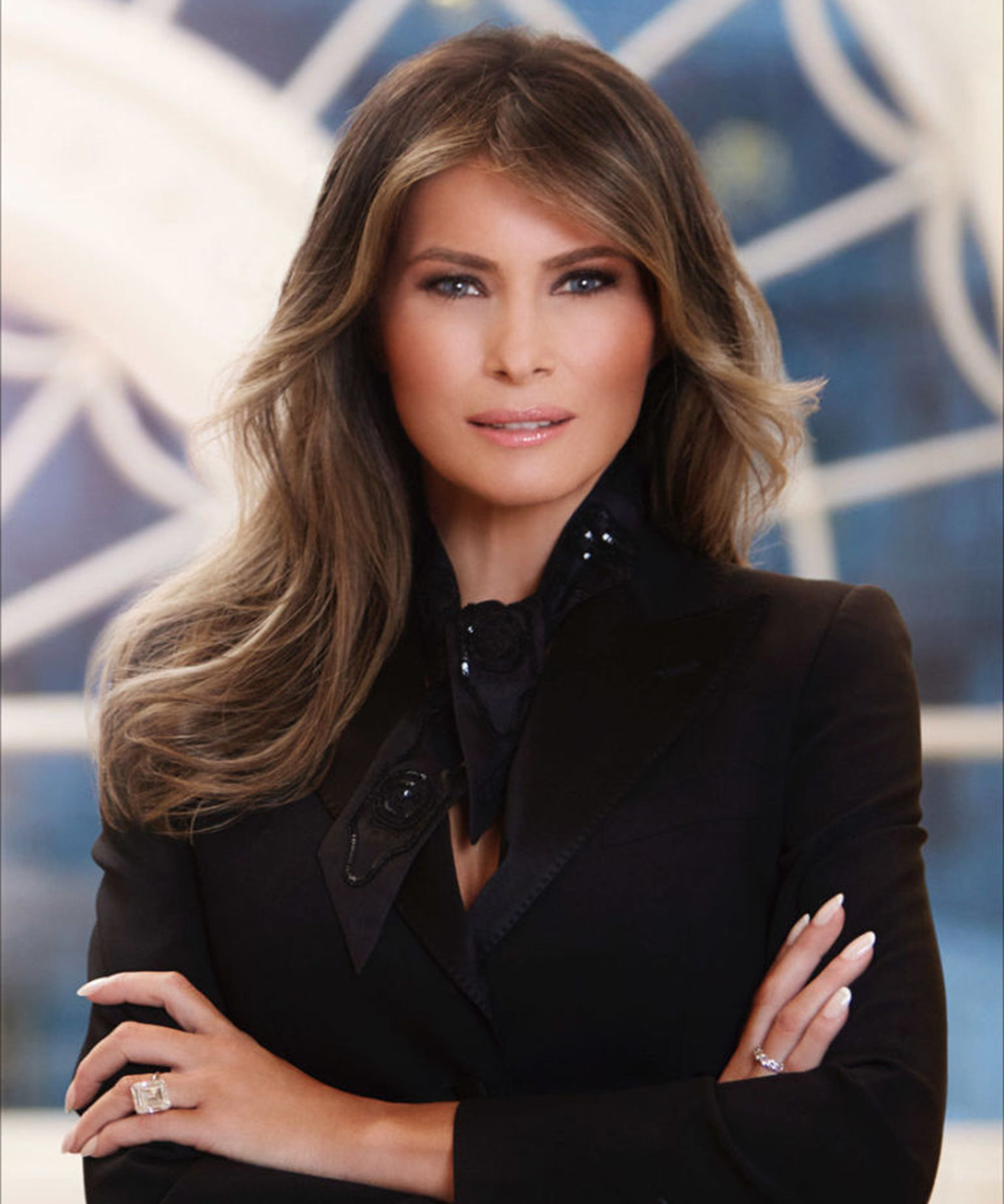 ... To See The Official White House Portrait Of First Lady Melania Trump
