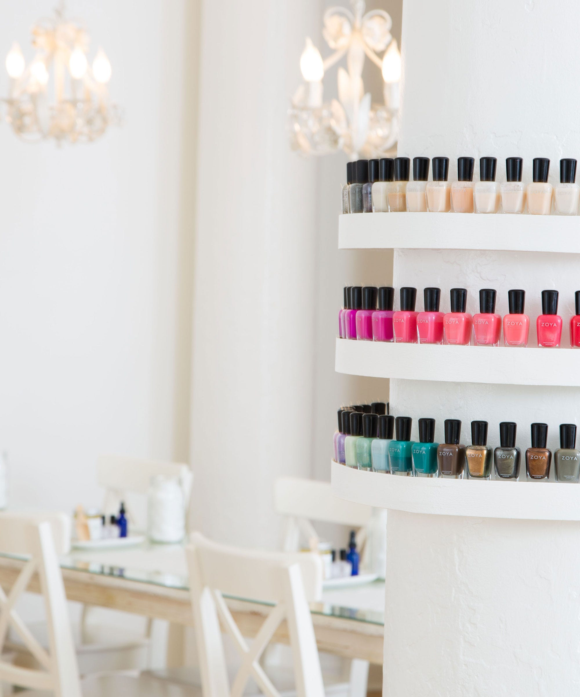 Nail Salons And Trendy Hair: Manicure Pedicure New York