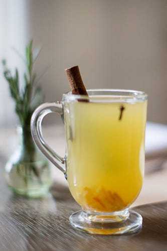 Cocktail recipes warm alcoholic drinks for Hot alcoholic beverages
