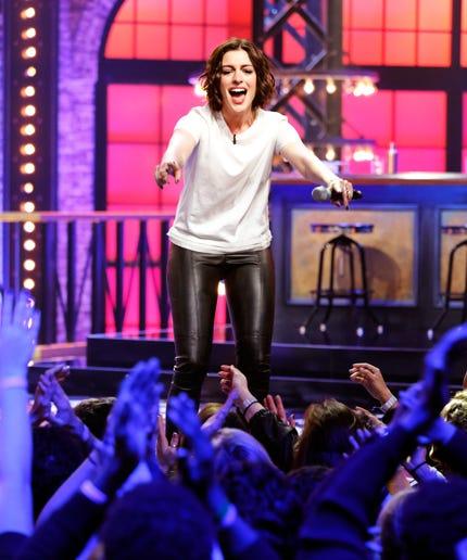 Anne Hathaway Lip Sync Wrecking Ball