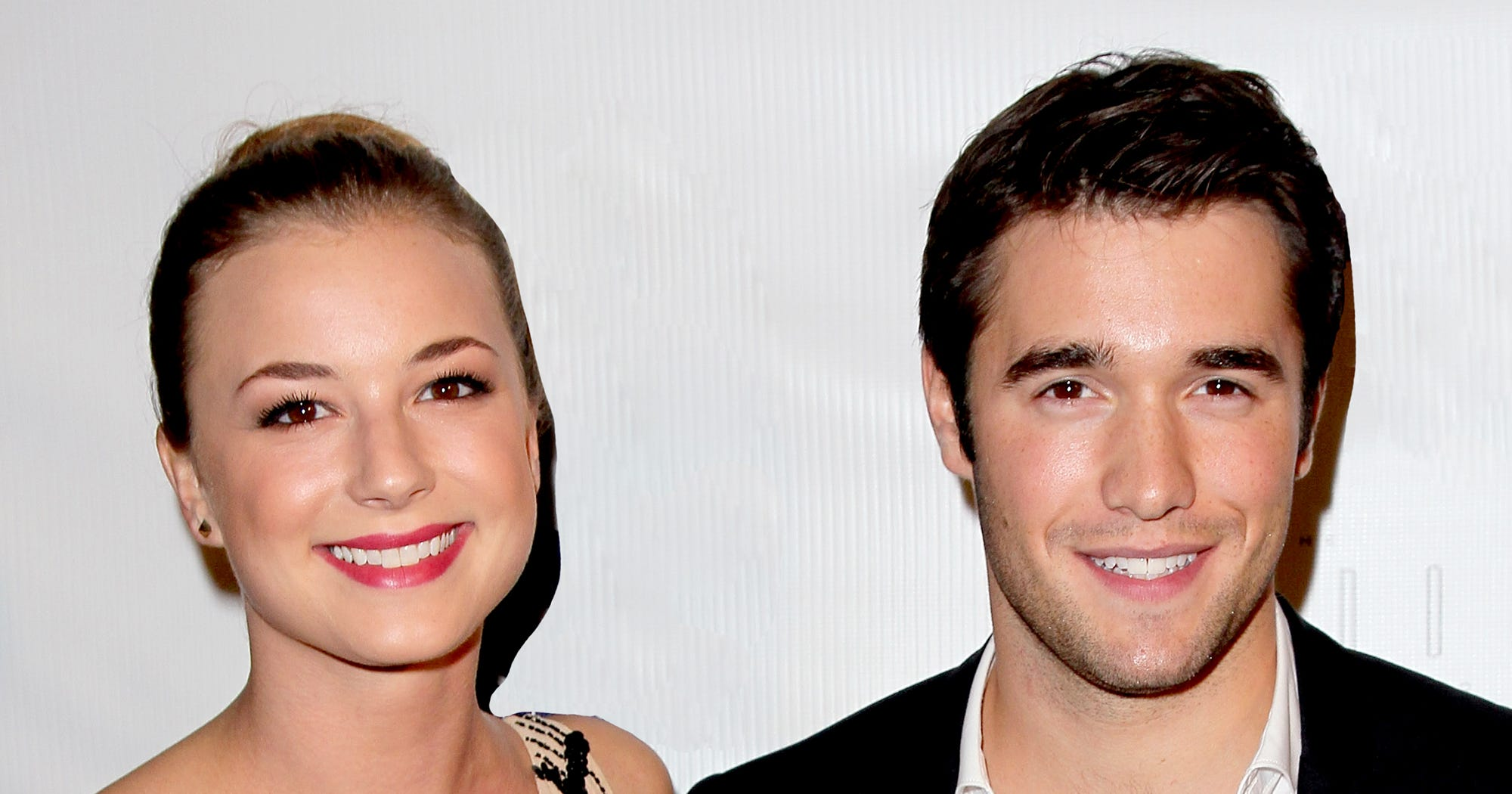 emily vancamp dating history Benjamin mckenzie was rumored to be involved with 'everwood' star emily  vancamp after the two were reportedly spotted kissing, but his publicist insisted  the.