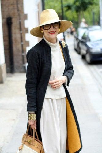 Dresses For Women Over 70 - Stylish Looks