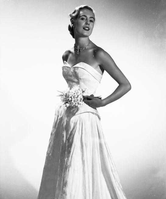 Historical Wedding Gowns: Wedding Dress History