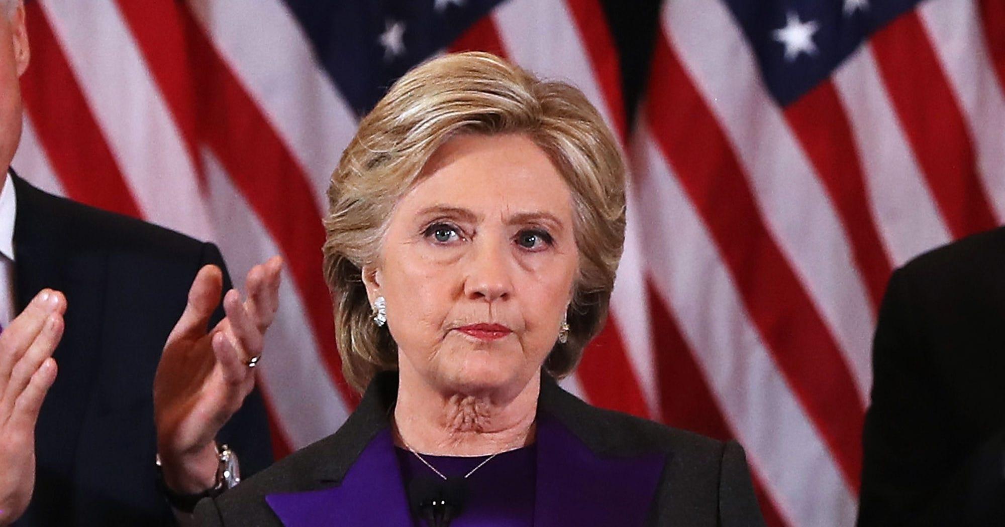 politics news clinton campaign wants intel briefings electoral college members