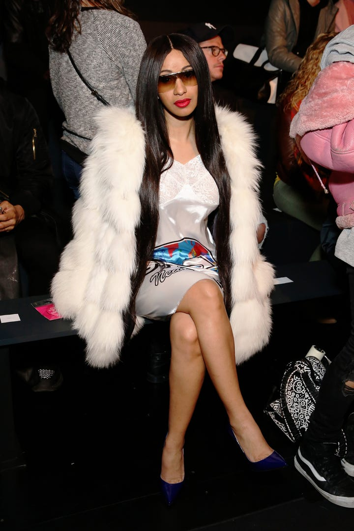 Cardi B Outfits: Cardi B Rapper Style Looks Photos BET Awards Outfit