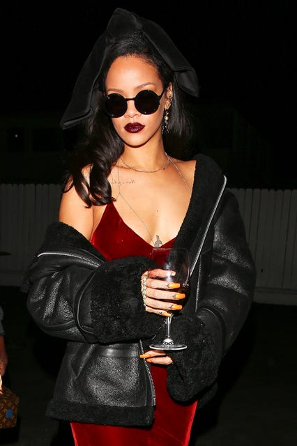 Rihanna Wine Glasses On The Go Street Style