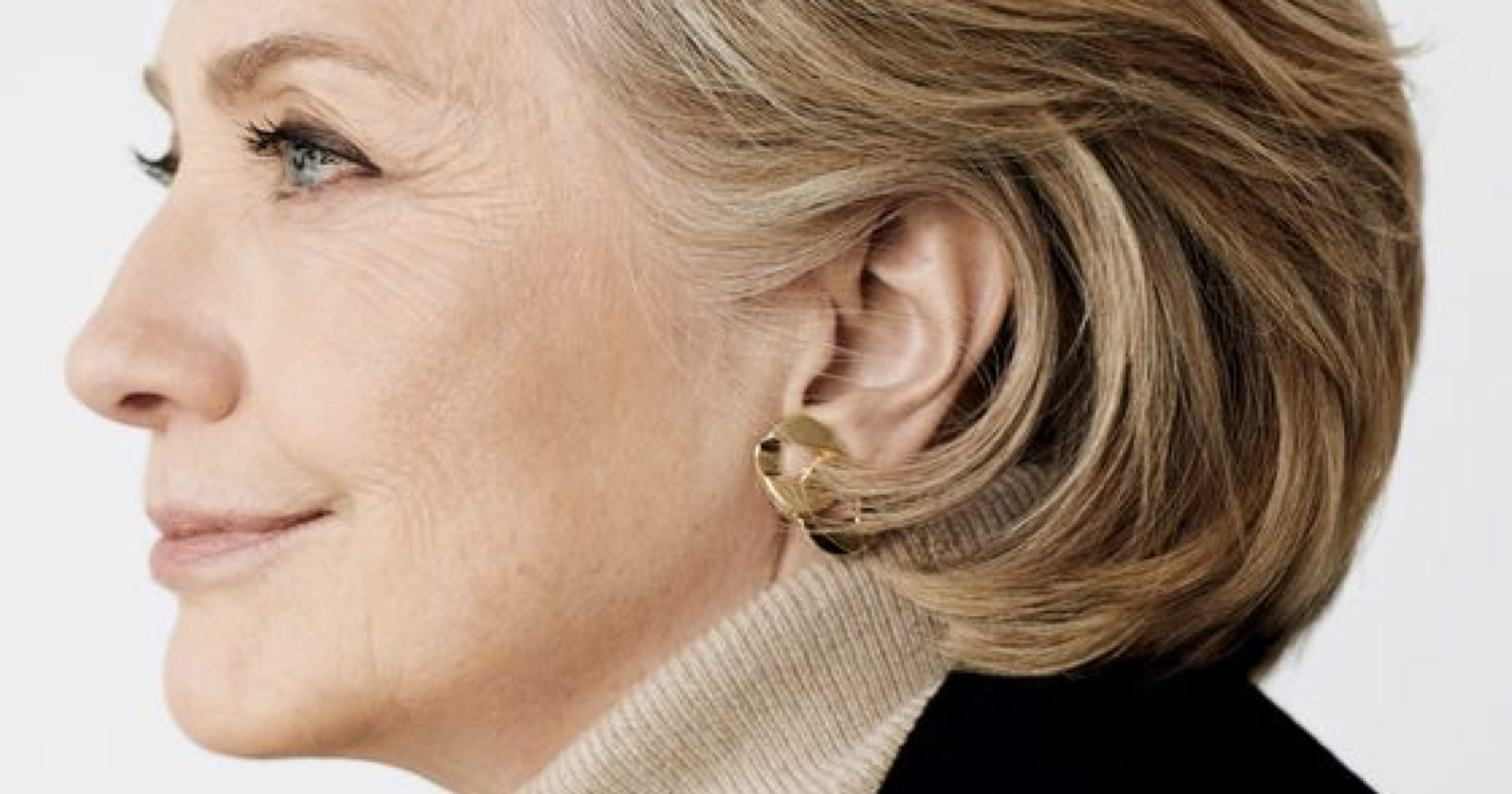 hilary clinton essay For better or worse, she will do a great job of maintaining status quo hillary clinton is a political insider who is not going to shake things up she has proven to be at least a competent administrator who held the secretary of state job with.