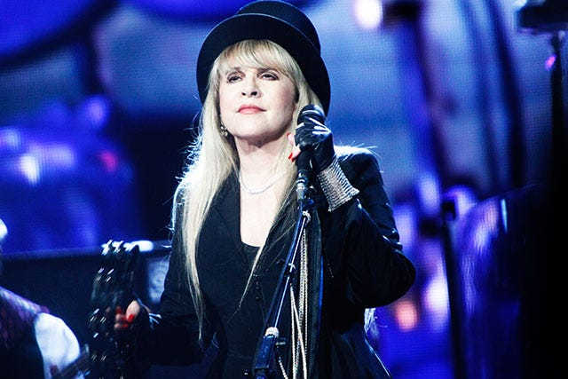 Stevie Nicks Vies For Kim Kardashian's Selfie Crown