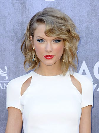 Taylor Swift Rumored To Make A Cameo On Girls