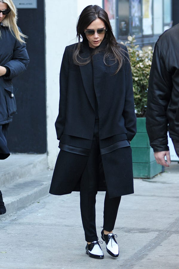 victoria beckham street style pictures. Black Bedroom Furniture Sets. Home Design Ideas