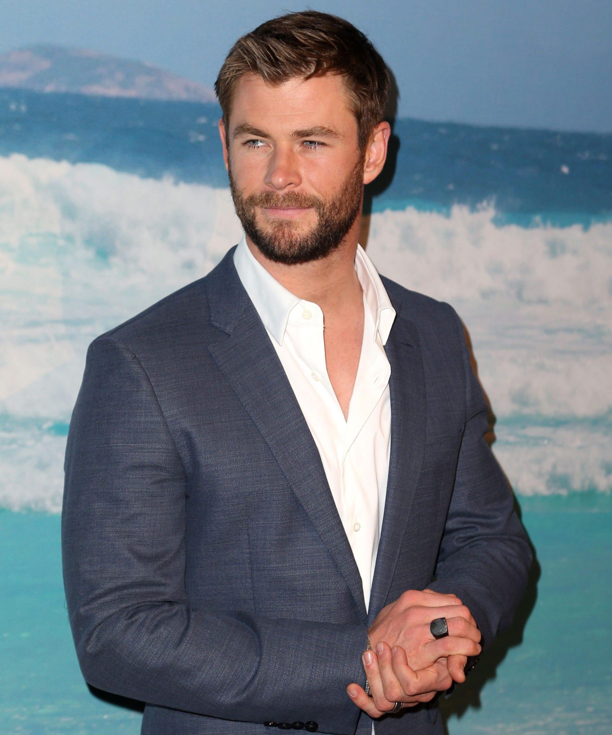 Thor Ragnarok Chris Hemsworth Shaved Hair