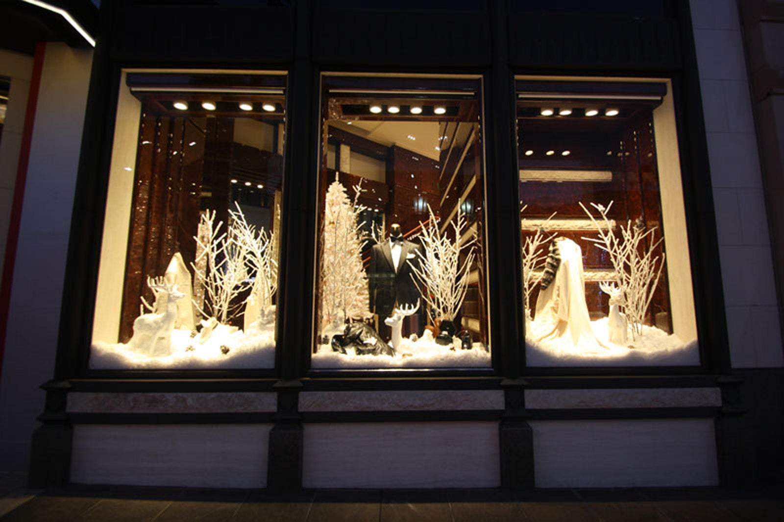 Window Shopping 15 Stunning Holiday Displays In L A