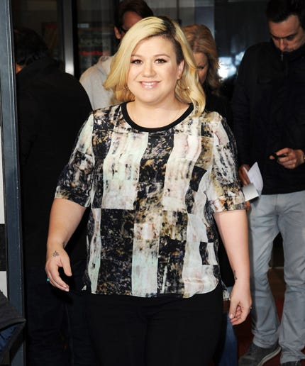 Kelly Clarkson Katie Hopkins Fat Shaming Troll