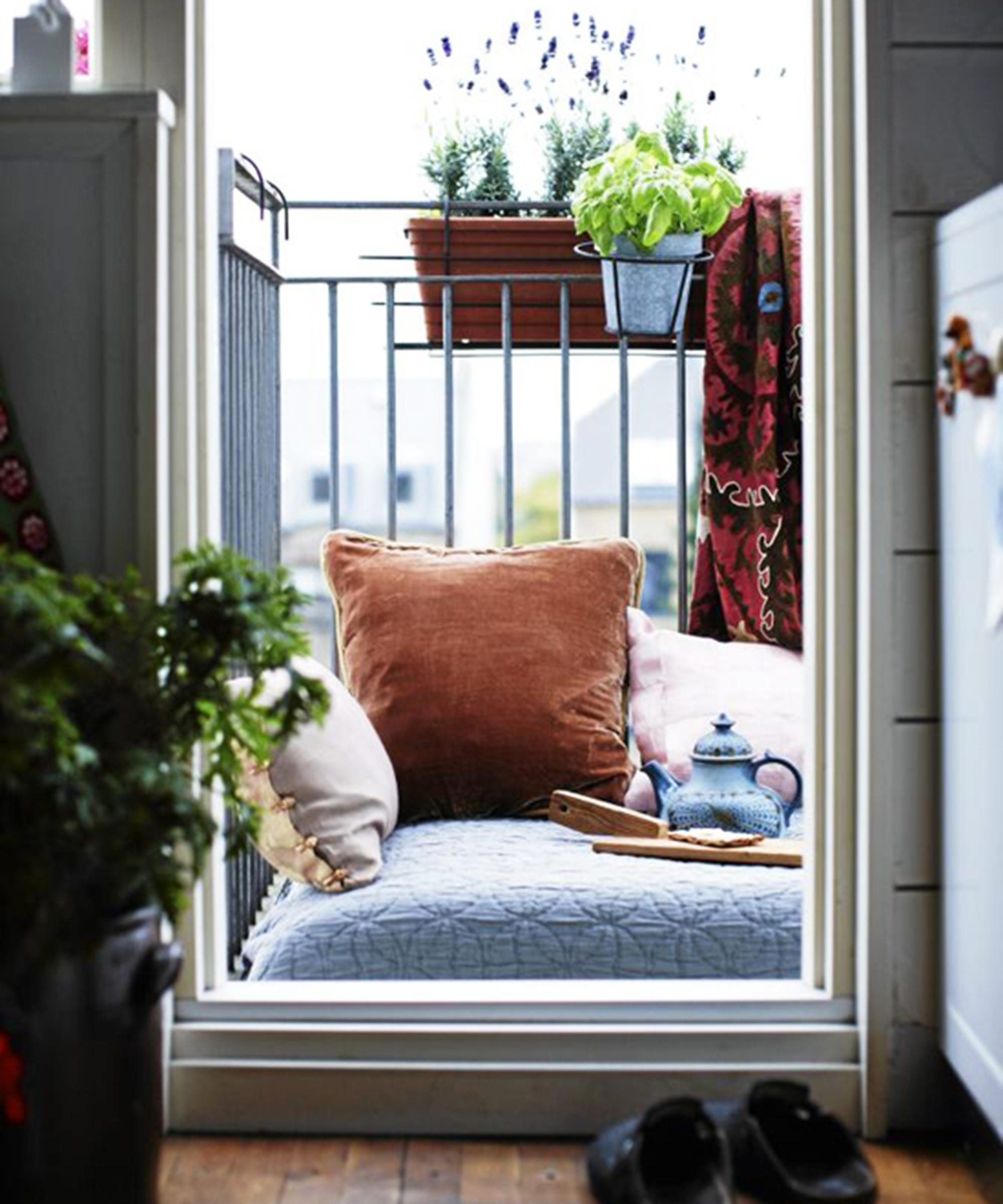Идеи отделки балкона - фото-обзор 15 отличных решений.