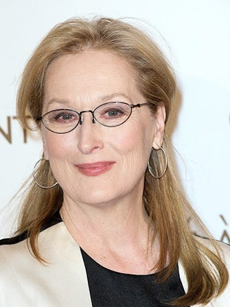 Meryl Streep Encourages Grads To Love What Makes Them Unique