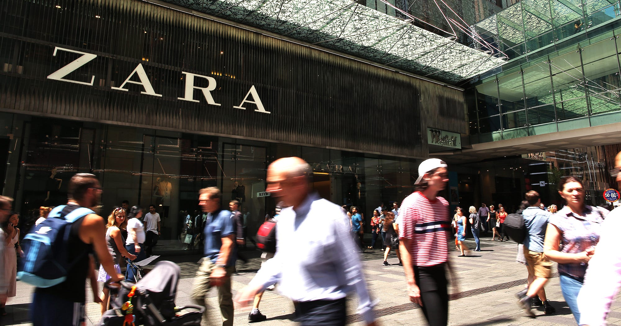 zara largest store in the world opening madrid. Black Bedroom Furniture Sets. Home Design Ideas