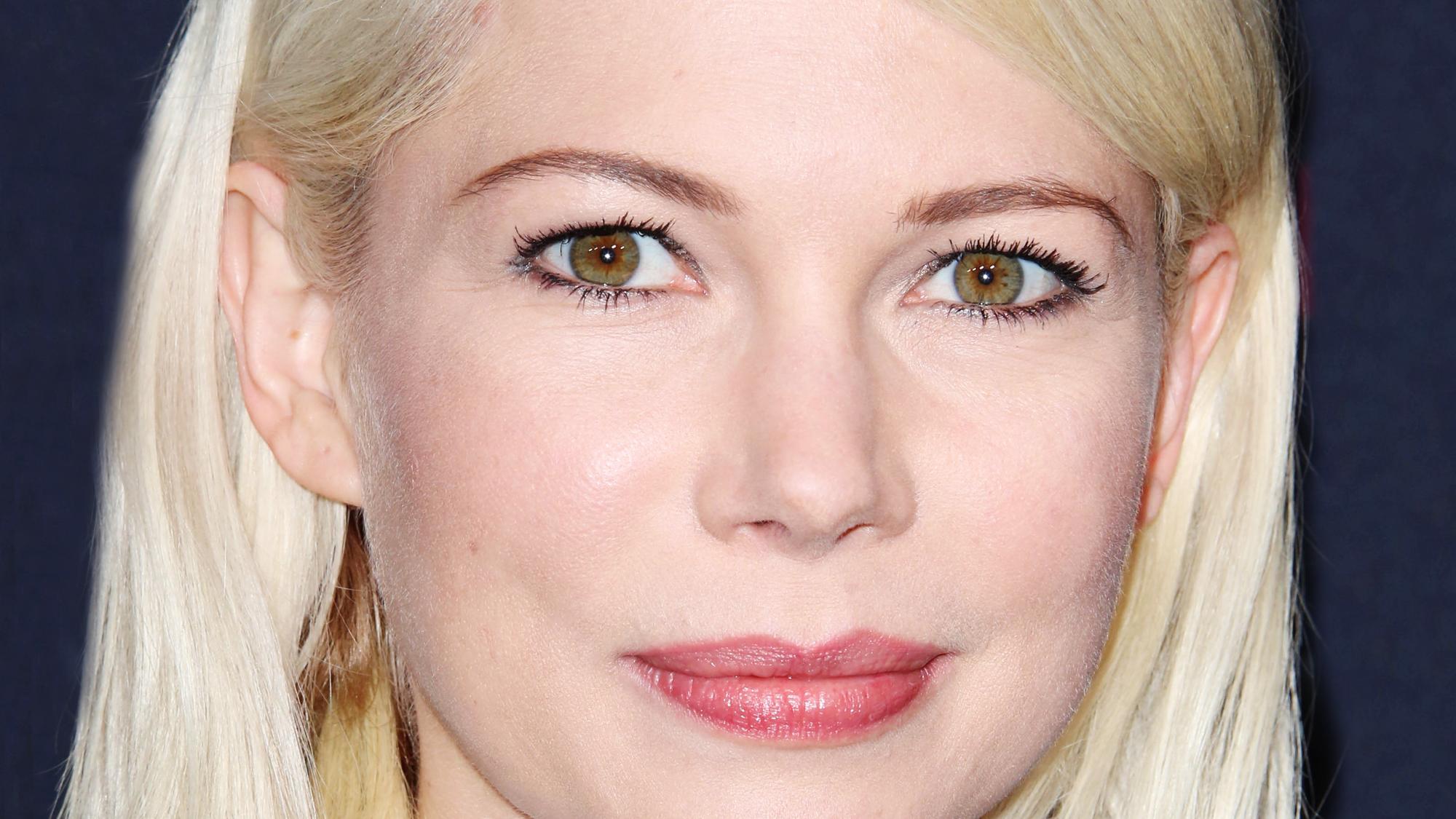 Blonde eye makeup