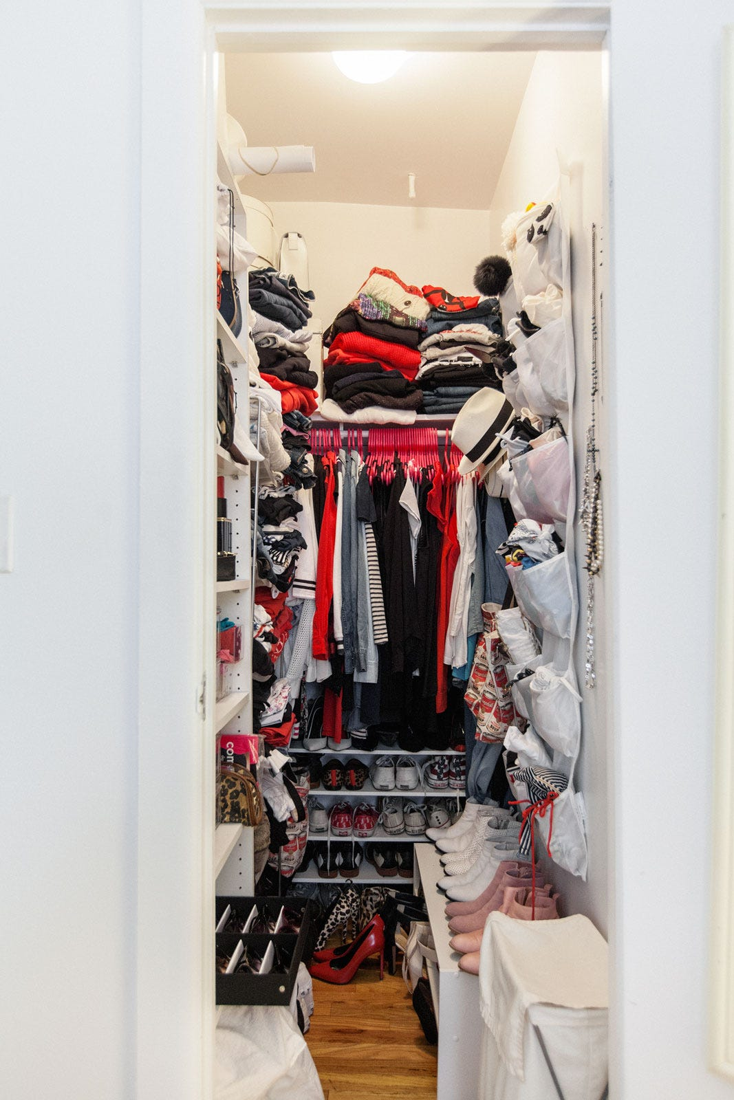 Small walk in closet organization tips for How to organize your walk in closet