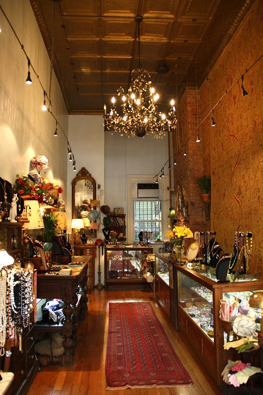 Best vintage shopping nyc guide for Best consignment stores nyc