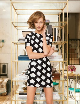 Karlie Kloss Invites Vogue Over To Her NYC Pad, Home Envy Ensues