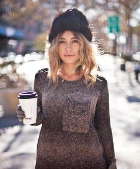 01_012TargetSweater_JacquelineHarriet_OlesyaRulin_dropopen